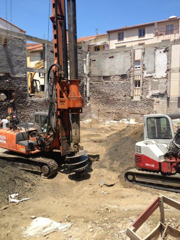 La fondation pour la construction de bâtiment par des professionnels attentifs à vos besoins